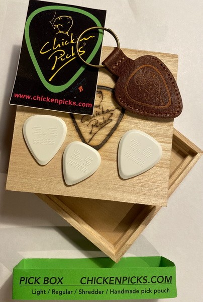 CHICKENPICKS - Giftbox 3 Picks und pick pouch