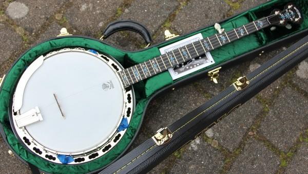 Deluxe 5S Bluegrass Banjo