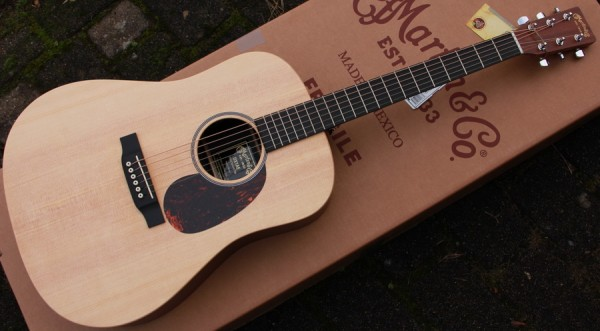 Martin - DX1AE Dreadnought solid Top