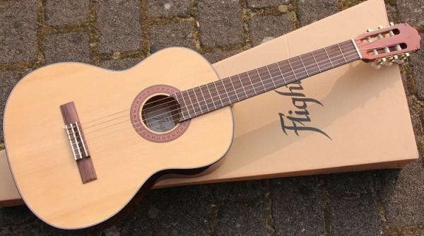 DIV - Klassikgitarre C44